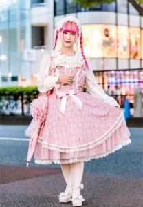 J Fashion Pink Lolita Girl in the street